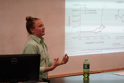 Gardner-Webb alumna Shelby Hooe returned to campus to give a guest lecture in the biology department on November 15th, 2019. Shelby presented the research she has conducted during her time working in labs at UVA to students and faculty in attendance.