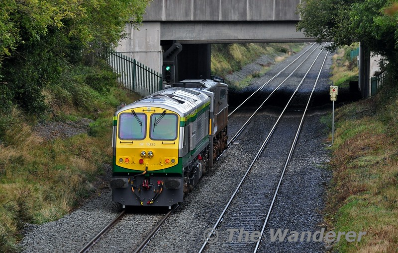 Last week on Thursday 3rd October 225 ventured out from Inchicore for the first time since September 2010 with 224 on a trial to Thurles, after being involved in a collision with a tractor at XM096 near Roscommon on 3rd September 2010. <br /> <br /> Some minor issues cropped up on that trial to Thurles and 2nd one was organised for Wednesday 9th October for 225 to work in multiple once again, this time with 078 on a trial to Mallow. The outbound working departed Inchicore at 0912 and was delayed due to a signalling fault caused by cable theft between Newbridge and Kildare. <br /> <br /> The return working scheduled for 1200, actually departed Mallow circa 1230. It is pictured passing Clonkeen at Portlaoise running about 40 minutes behind schedule. After a 9 year break from operation I'm looking forward to seeing 225 working 100 mph expresses to Cork once again. Wed 09.10.19