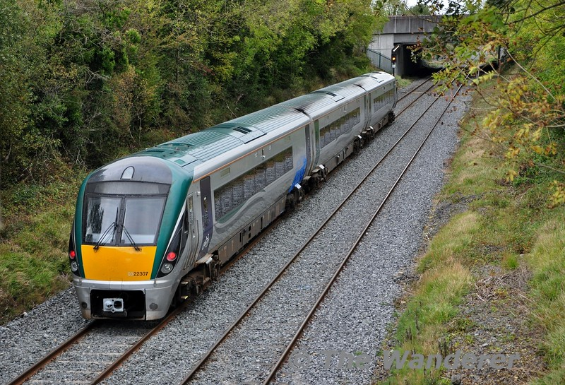 22007 has been chosen for the trial of the MTU powerpacks fitted with a ZF transmission instead of a Voith transmission. After static testing at Laois Traincare Depot the set ventured out on mainline on Thursday 10th October  with a 1000 Laois Traincare Depot - Mallow and 1310 Mallow - Laois Traoincare Trial. <br /> <br /> The return working is pictured at Clonkeen just south of the traincare depot. The next stage of the trial process will see it operating between Drogheda and Dundalk on Sunday and Monday. Thurs 10.10.19