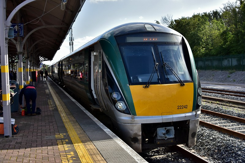 As I needed to double back to Limerick Jct. I bailed from the RPSI / Steam Dream Spl. at Banteer and boarded the 1505 Tralee - Cork. Here we see 22042 at Mallow. Fri 06.09.19