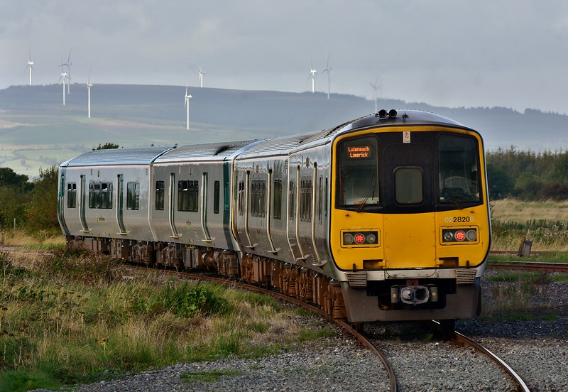 2803 + 2804 + 2819 + 2820 depart Limerick Jct. with the 1733 to Limerick. Fri 06.09.19