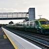 4002 at Limerick Jct. with the 1725 Cork - Heuston. Fri 06.09.19