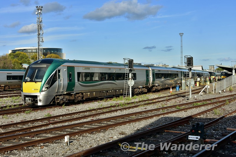 22034 departs from Heuston with the 1705 Heuston - Tralee. Thurs 05.09.19