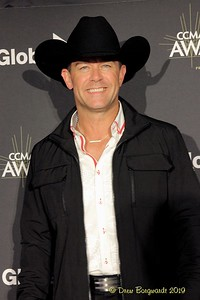 Aaron Pritchett - CCMA Awards - 9-19 D 8390