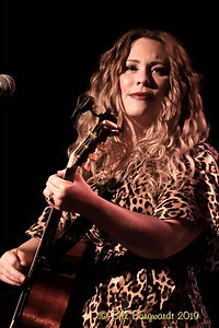 Jodie Leslie - Carroll Baker - Century 9-19    015