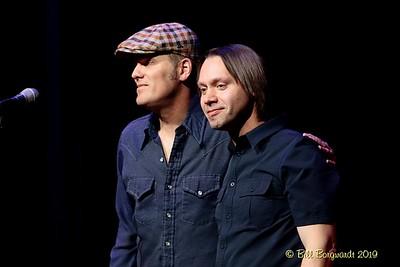 Dave Gunning & Joe - New Moon 9-19    287