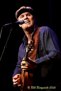 Dave Gunning - New Moon 9-19    070