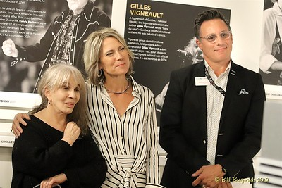 Joan Bessen, Vanessa Thomas & Andrew Mosker - Sylvia Tyson Induction - Cdn Songwriters Hall of Fame 9-19 180