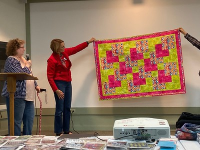 Janet Keesler showed us this Three Yard quilt.