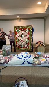 Rosemary Nestor said she bought all the fabrics for this quilt last year at the auction for $8.00.  Most of the fabric came from the bountiful bag and some from her stash.  This is the quilt.  Quilted by Nancy Boyse
