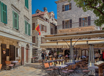 Kotor Courtyard Cafe