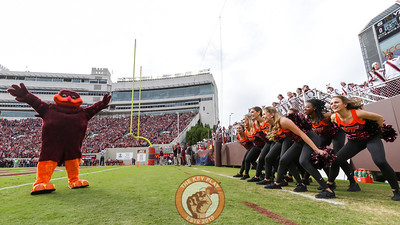 The Hokiebird and the Virginia Tech High Techs dance before kickoff. (Mark Umansky/TheKeyPlay.com)