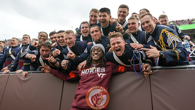 Terrell Edmunds poses with the Corps of Cadets in the South Endzone during a media timeout. (Mark Umansky/TheKeyPlay.com)