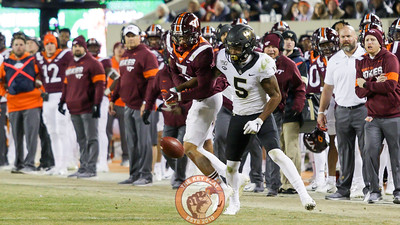 DB Caleb Farley knocks down a Wake Forest pass in the third quarter. (Mark Umansky/TheKeyPlay.com)