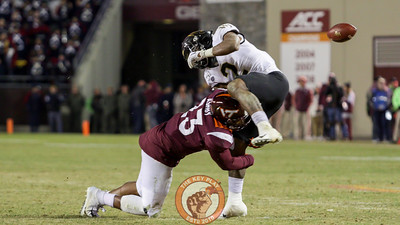 LB Rayshard Ashby tackles Wake Forest's Kendall Hinton. (Mark Umansky/TheKeyPlay.com)