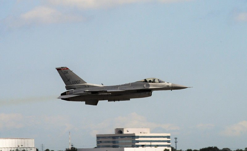 An F-16 Fighting Falcon takeoff - Oklahoma Air National Guard.
