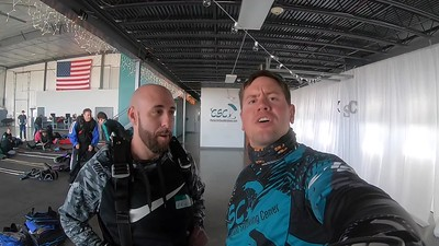1647 Aaron Lawrence Skydive at Chicagoland Skydiving Center 20190406 Eric Eric