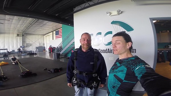 1452 Alan BAin Skydive at Chicagoland Skydiving Center 20190505 Jo Jo