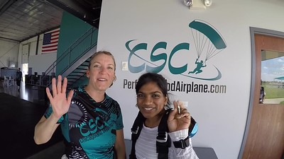 1641 Mounika Velma Skydive at Chicagoland Skydiving Center 20190526 Jenny Chris