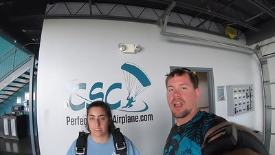 1217 Jeanine Pettrone Skydive at Chicagoland Skydiving Center 20190601 Eric Eric