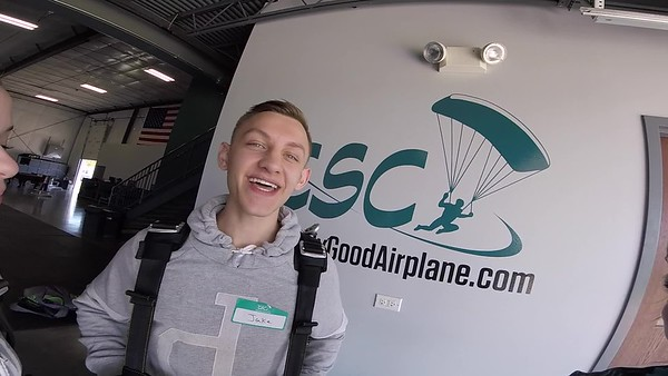 1551 Jake Dunn Skydive at Chicagoland Skydiving Center 20190602 Breezy Breezy