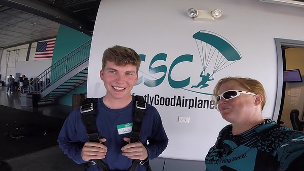 1152 Jack Claus Skydive at Chicagoland Skydiving Center 20190606 Breezy Breezy