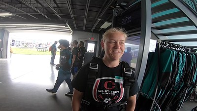 1620 Lynn MItchell Skydive at Chicagoland Skydiving Center 20190608 Ivan Ivan