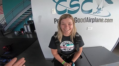 1422 Mackenzie Smith Skydive at Chicagoland Skydiving Center 20190608 IVan Ivan