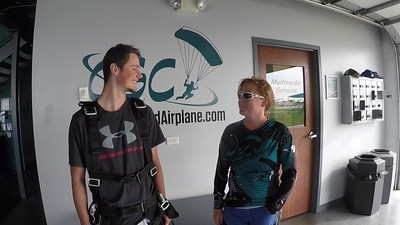 1817 Jakub Kyicka Skydive at Chicagoland Skydiving Center 20190620 Breezy Blane