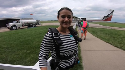 1459 Shivani Jain Skydive at Chicagoland Skydiving Center 20190622 Ivan Ivan