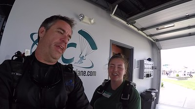 1220 Sonia Horvath Skydive at Chicagoland Skydiving Center 20190622 Eric Wilkins