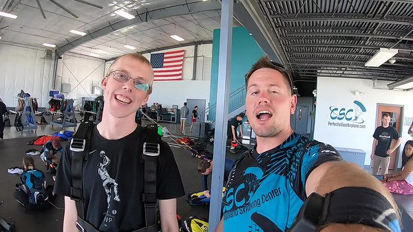 1347 Brendon Lee Skydive at Chicagoland Skydiving Center 20190629 Eric Eric