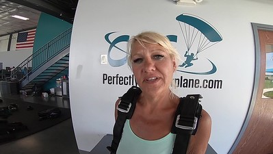 1433 Diana Battaglia Skydive at Chicagoland Skydiving Center 20190629 Ivan Ivan