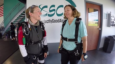 1044 Marilyn Berg Skydive at Chicagoland Skydiving Center 20190629 Jenny Cole Brezzy