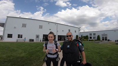 1700 Nicoleta Cebotar Skydive at Chicagoland Skydiving Center 20190629 Hops Klash