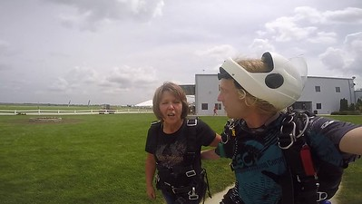 1247 Debra Myers Skydive at Chicagoland Skydiving Center 20190630 Klash Klash