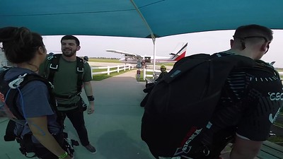 1049 Erin Dubbins Skydive at Chicagoland Skydiving Center 20190630 Breezy Breezy