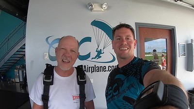 1341 Tom Dikkers Skydive at Chicagoland Skydiving Center 20190701 Eric Eric