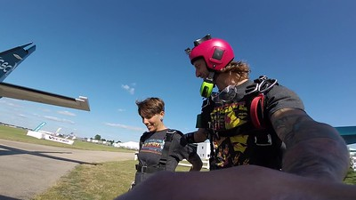 1806 Kristen Wade Skydive at Chicagoland Skydiving Center 20190730 Timmy Timmy