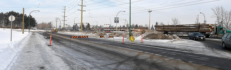 Motorists are advised that Westwood Drive between 22nd Avenue and the Highway 97 on and off ramp are closed in both directions to allow crews to carry out work related to changes to the signal operation at the Highway 97-22nd Avenue intersection. This section of Westwood Drive will remain fully closed for the next few days while operations are carried out including the installation of concrete barriers and signage. Citizen photo by Brent Braaten
