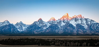 DA029,DP, Tetons at Sunrise