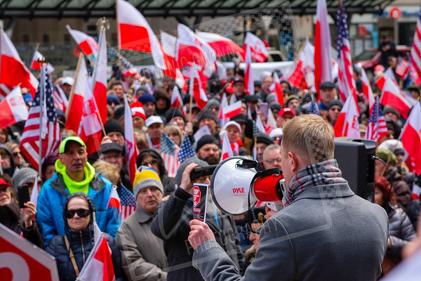 Polish protesters in Chicago