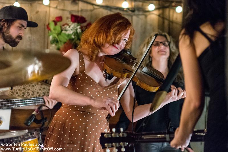 Miranda Mulholland and Kim Stockwood join Damhnait Doyle @ Dakota Tavern, Toronto, ON, 23-April 2019