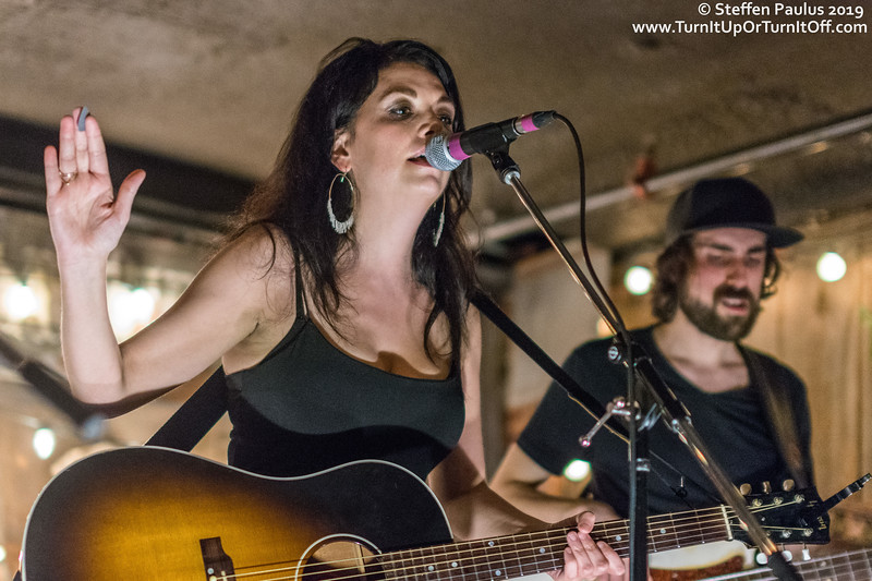 Damhnait Doyle @ Dakota Tavern, Toronto, ON, 23-April 2019