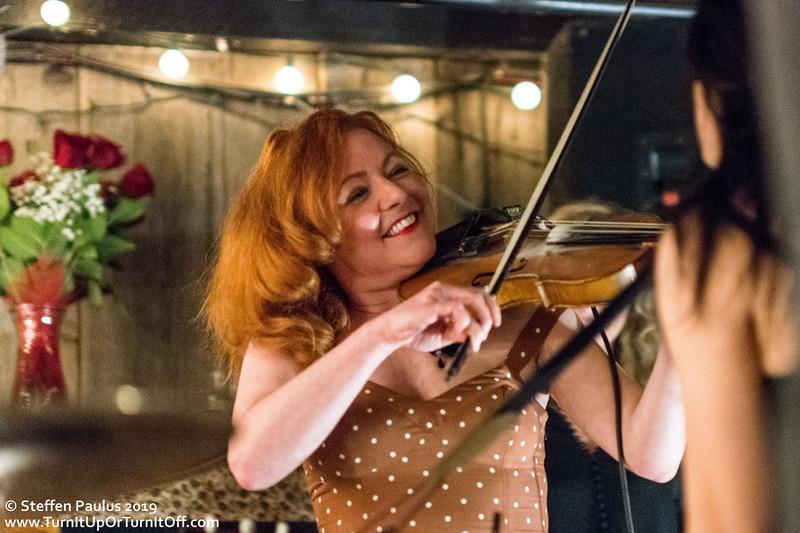 Miranda Mulholland joins Damhnait Doyle @ Dakota Tavern, Toronto, ON, 23-April 2019