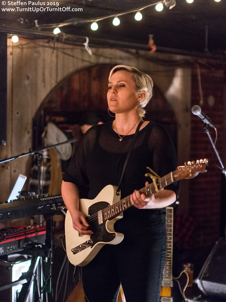 Liz Stringer @ Dakota Tavern, Toronto, ON, 30-May 2019