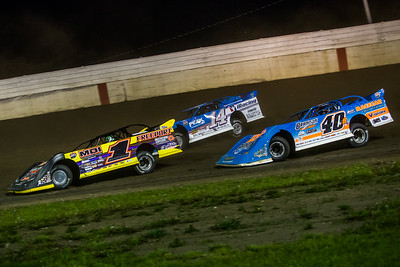 Chad Simpson (1), Josh Richards (14) and Kyle Bronson (40B)