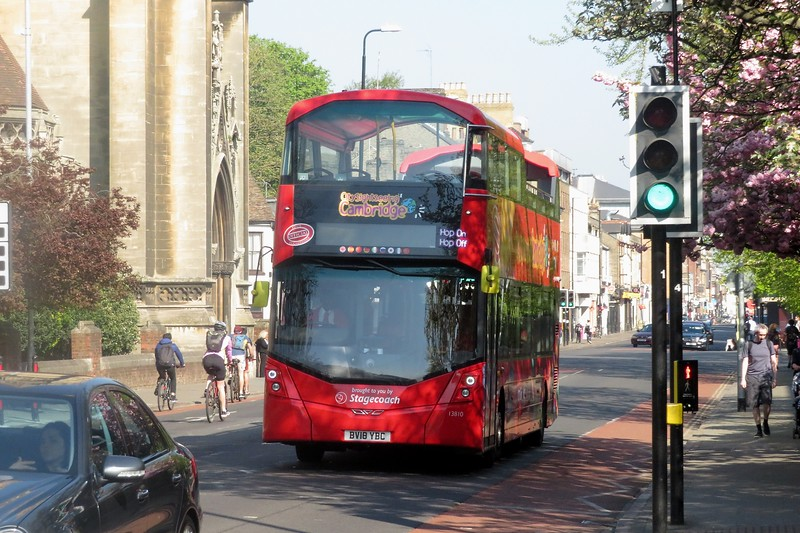 Stagecoach open top Volvo Wright Gemini 3 BV18YBC 13810 in Cambridge on the CitySightseeing tour, 21.04.2019.