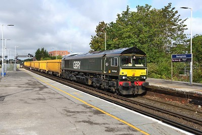 """19 August 2019 :: 66779 """"Evening Star"""" is passing Basingstoke with 6M26 from Eastleigh to Mountsorrel"""