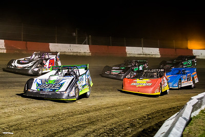 Tyler Erb (1), Tim McCreadie (39), Billy Moyer (21), Kyle Bronson (40B), Johnny Scott (1st) and Stormy Scott (2S)